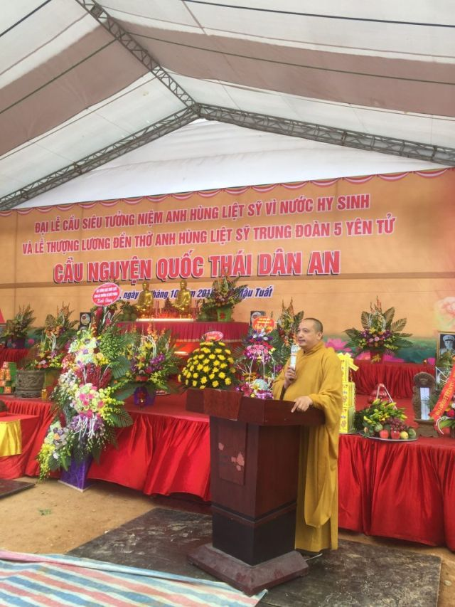 Le-an-vi-long-cot-Den-tho-Anh-Hung-Liet-Sy-Trung-doan-5-Yen-Tu-Quang-Ninh (13)