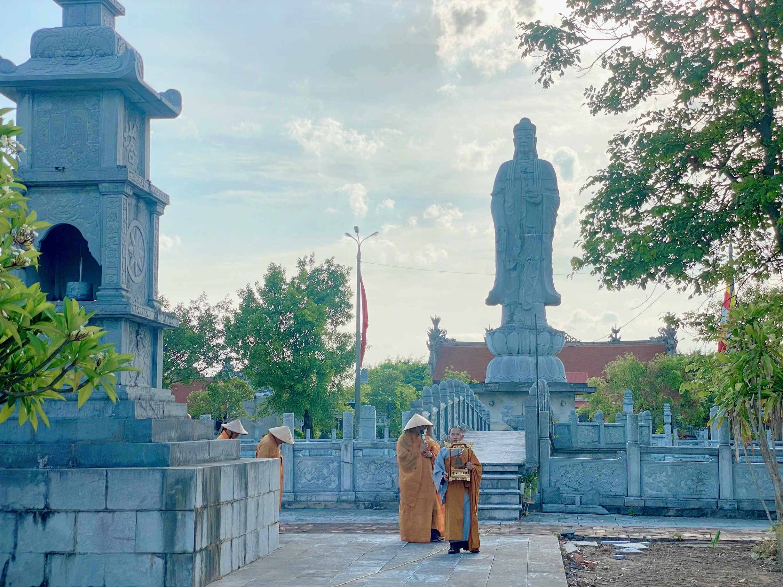hoa-thuong-thich-nguyen-thi-vien-tich (1)